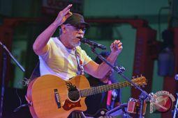 Konser Iwan Fals Di Pekanbaru