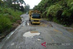 Dishub: marka jalan Kutacane-Blangkejeren selesai 2018