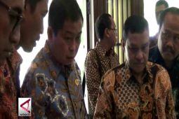 Menteri ESDM janjikan modernisasi pemantau gunung api