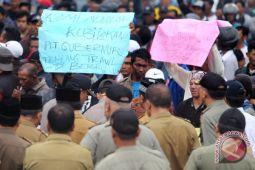 Nelayan Bengkulu siapkan kapal penghalau Trawl