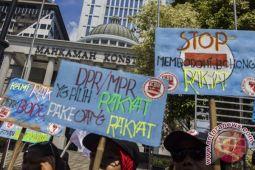 """Somasi"" tolak UU MD3 yang kontroversial, merusak marwah demokrasi"