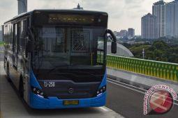 Transjakarta tingkatkan pengamanan di halte dan bus