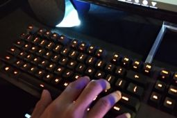 Logitech keluarkan keyboard dan speaker gaming