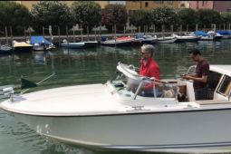 "Sensasi naik ""water taxi"" di Venesia"