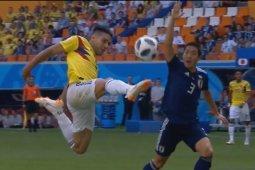 Jepang menang 2-1 atas Kolombia