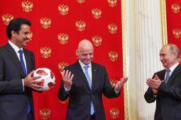 Rusia serahkan tanggung jawab tuan rumah Piala Dunia 2022 kepada Qatar