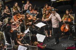 Penampilan Orkestra Ocas