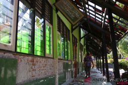 Menaker minta bantuan gempa sampai ke pelosok Lombok