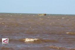 Kapal nelayan tenggelam di perairan Indramayu, 13 Abk hilang