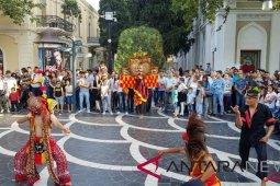 Ratusan ribu warga Azerbaijan menikmati pertunjukan seni Indonesia