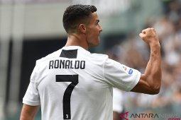 Ganggu Juventus, kembang api dan petasan dinyalakan dekat hotel tim
