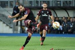 Higuain Tentukan Kemenangan AC Milan Atas Dudelange