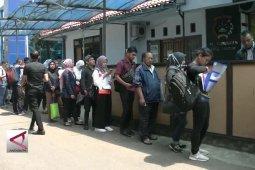 Pendaftaran CPNS dibuka, warga serbu layanan SKCK