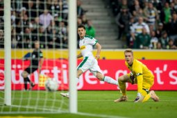 Gladbach naik ke peringkat ke-2 setelah hancurkan Mainz