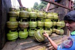 90 persen warga Gunungsitoli sudah terima bantuan LPG