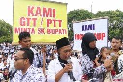 BKD Gorontalo tinjau kembali penempatan PTT