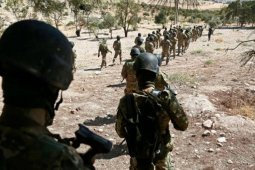 Pemberontak akui tembak jatuh jet pemerintah  Suriah