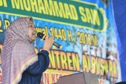 Bupati Masnah peringati Maulid Nabi bersama warga Sponjen