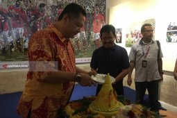 Wawali Surabaya: Kantor Berita Antara Jadi