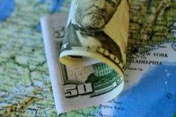 Kurs dolar AS melemah di tengah data ekonomi suram