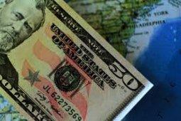 Dolar menguat di tengah penurunan sterling