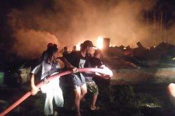 Belasan rumah warga Labusel terbakar