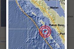Nias Selatan diguncang gempa kuat  dalam waktu berdekatan