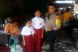 Pemkot Jakut bantu seragam  pelajar korban kebakaran kolong tol