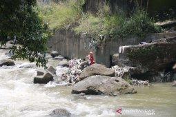 Wah, Ada 5.652 rumah di Bogor yang warganya buang tinja ke Ciliwung