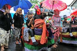 Menikmati musik Banyuwangian ala bahasa Osing dan dangdut koplo
