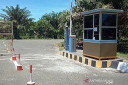 Baru dua bulan difungsikan, portal parkir Bandara Nagan Raya rusak