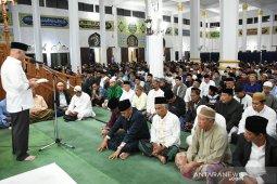Shabela shlolat tarawih perdana di Mesjid Ruhama Takengon