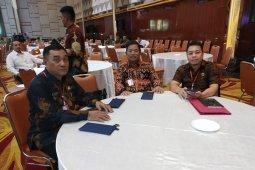 Bupati Rupinus Rapat Penanganan Konflik Sosial Bersama Menko Polhukam