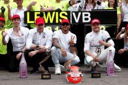 Hamilton nyebur ke kolam rayakan sukses GP Monako