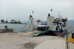 Penyeberangan Danau Toba dari Samosir masih normal