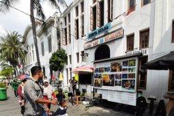 Hari kedua Lebaran, warga serbu objek wisata