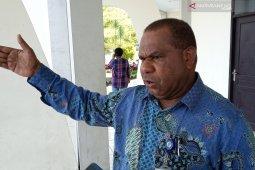 Papua Barat dorong pengembangan 10 bandara
