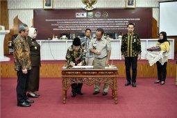 Gubernur Jambi teken kesepakatan bersama bupati-walikota disaksikan KPK