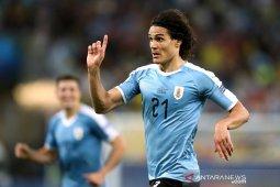 Cavani antar Uruguay tundukkan Chile  di Copa America
