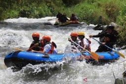 Wisata arung jeram Aceh Tengah