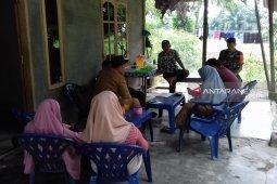 Jalin silahturahmi Babinsa Kodim 0204/DS terus lakukan komsos