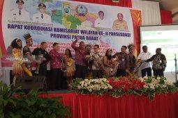 Wagub Lakotani ingin seluruh layanan pemerintah di Papua Barat dipermudah