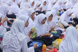 Markisa Segar di SMPN 5 Bogor