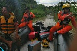 Tim SAR Kutacane cari seorang anak diduga jatuh ke  sungai