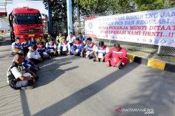 Penolakan pengalihan bisnis LNG