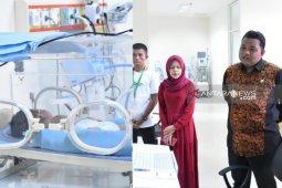 Wali Kota Tanjungbalai besuk balita pengidap