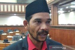 Parlementaria - Ketua Komisi I DPRA tolak pembatalan qanun bendera  Aceh