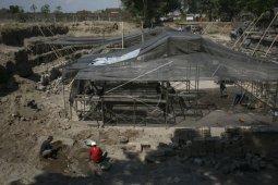 Ekskavasi batuan Candi Perwara