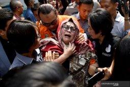 Hari ini, Nunung dan suami jalani sidang perdana di PN Jakarta Selatan