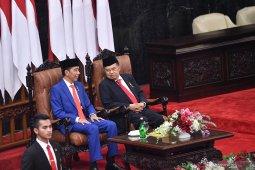 Jokowi: Untuk apa jauh jauh studi banding, kita harus efisien